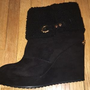Juicy Couture Shoes - NIB Juicy Couture Black Wedge Boots 9